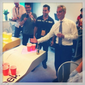 Mayor Rahm Emanuel stops by to play defense on a C5 beer pong table (photo: C5 Beer Pong/Chicago)