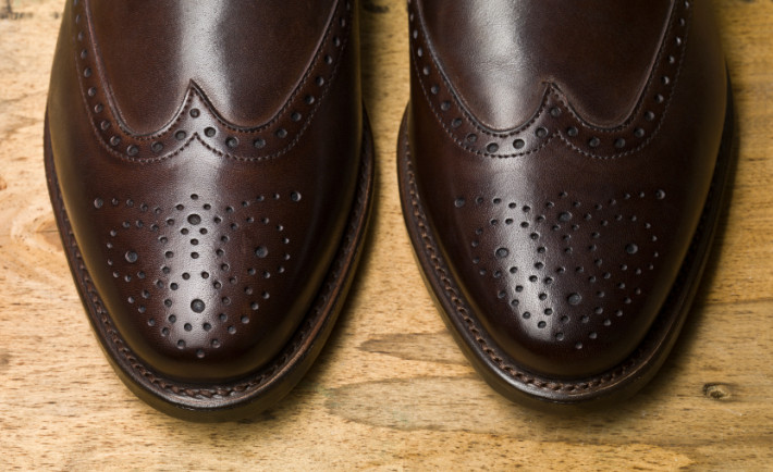 male brown shoes