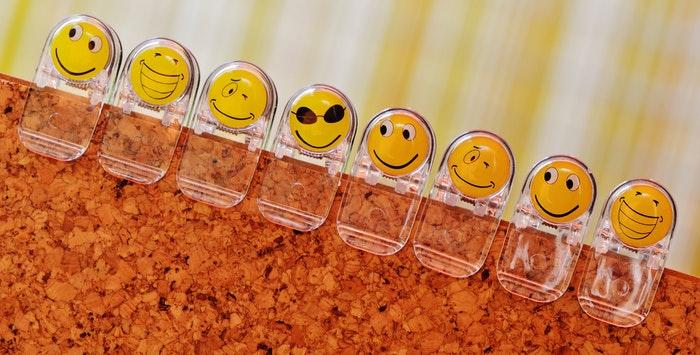 smilies-funny-emoticon-faces-160824